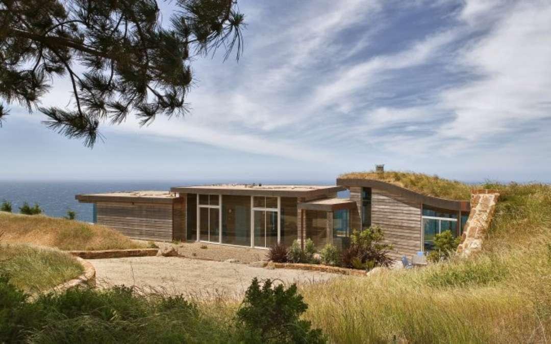 Dani Ridge House California cu acoperiș din iarba